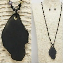 Black Stone Long Pendant Necklace